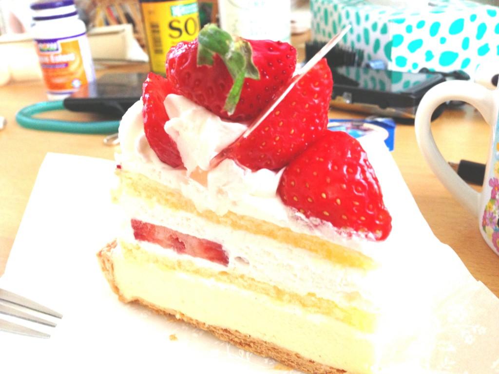 美味しいいちごのショートケーキ